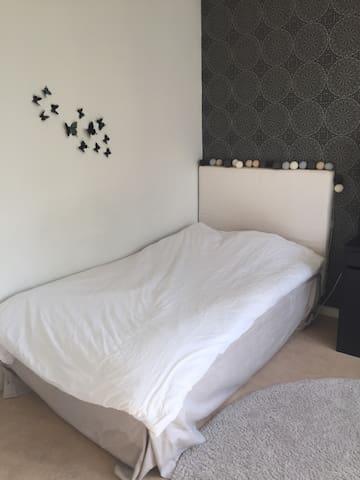Room in Majorna, Göteborg