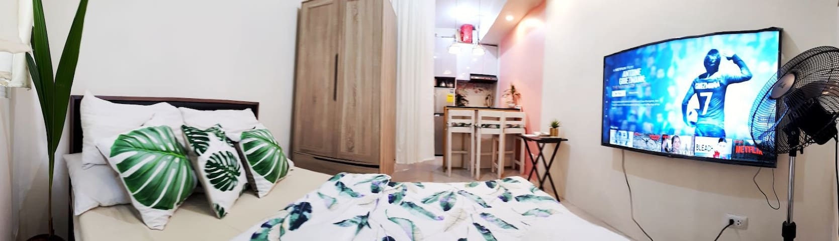A Tropical Pink Studio in Ortigas CBD