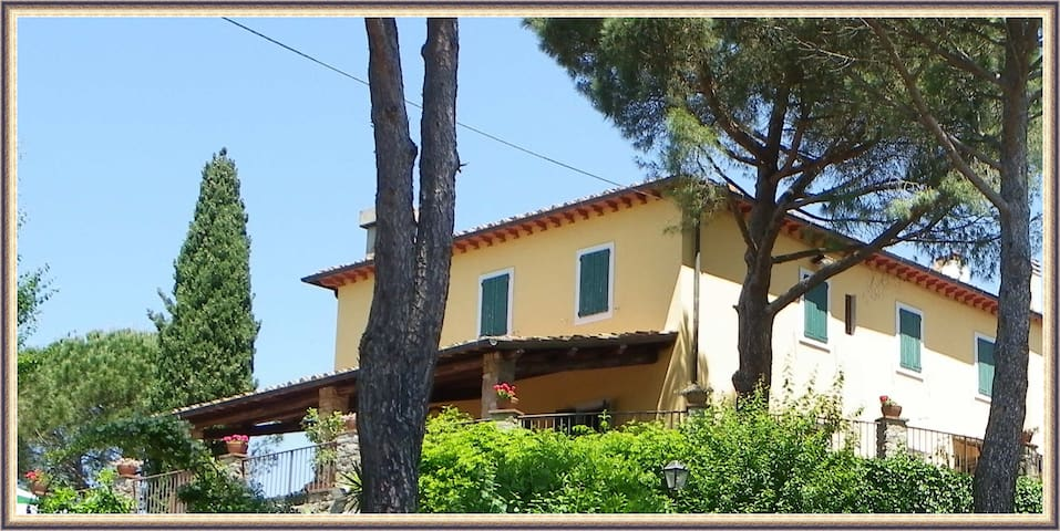 Country House in the heart of lovely Tuscany - Pontassieve - Villa