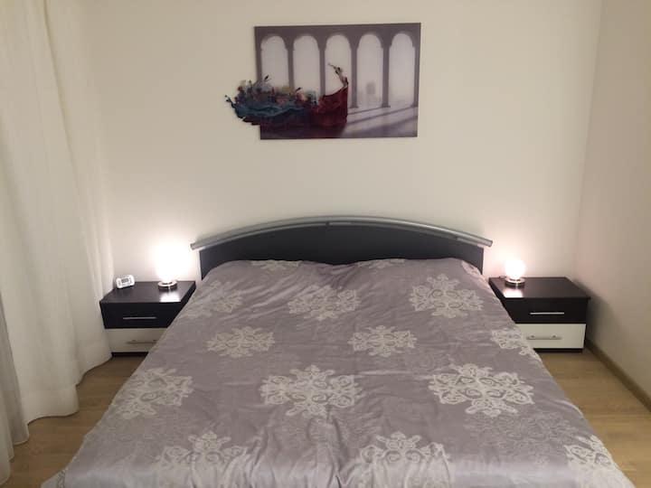 Luxury Villa Apartment with Kitchen & Whirlpool