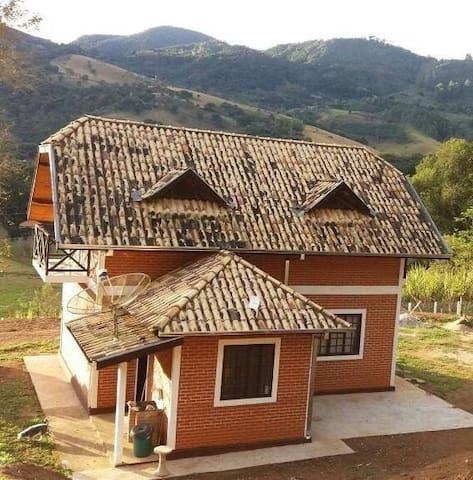 Chalé Ipê - Gonçalves - Huis