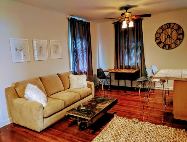 Spacious Studio With All the Amenities