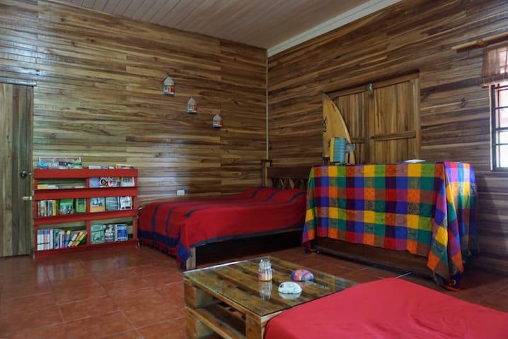 La casa Rica De Costa Rica - Liberia - House