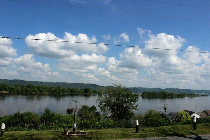 Majestic Mississippi River View