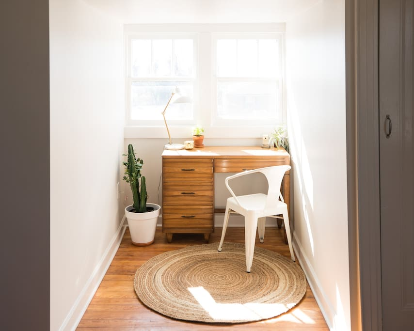Perfect little office nook.... WiFi included:).