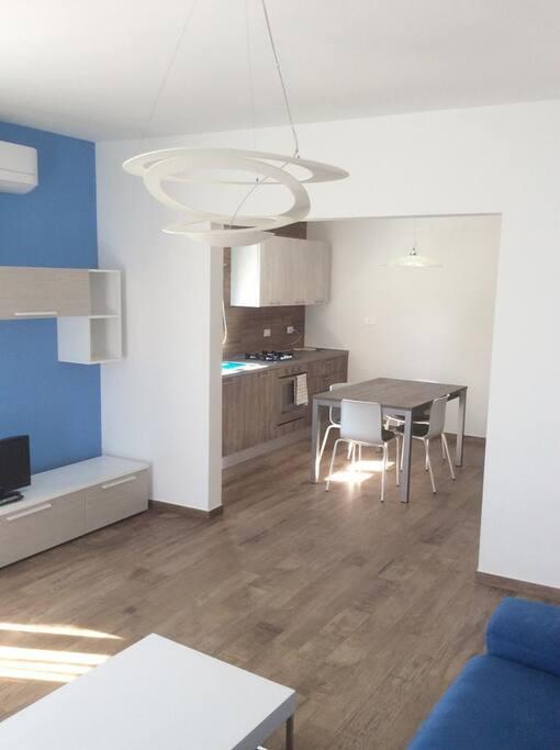 supernova house in catania city centre condos zur miete in catania sicilia italien. Black Bedroom Furniture Sets. Home Design Ideas