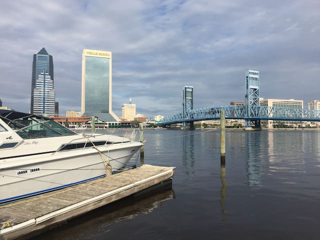 Yacht Downtown Jacksonville - Jacksonville - Barco