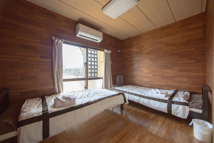 Room 2F 2F 【2DK】 2 ~ 5 people