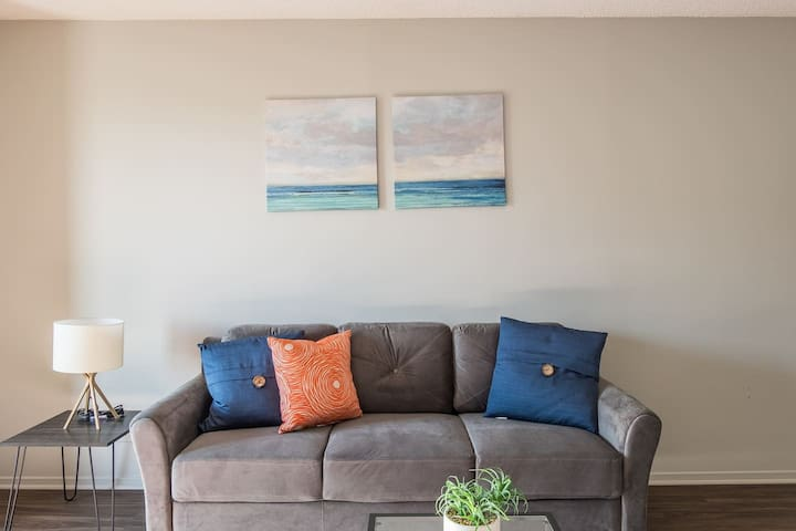Updated 1BR Apt Near the River w/ City Views