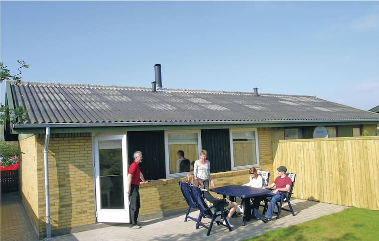 Terraced house with 1 bedroom on 55m² in Skagen