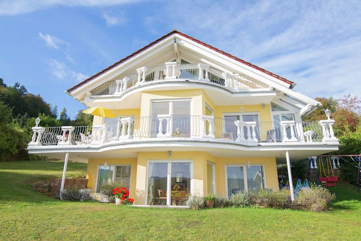 Boutique Appartement avec terrasse privée à Bringhausen