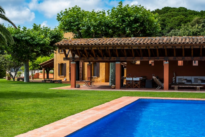 Masia Balís - Quintessential Mediterranean villa