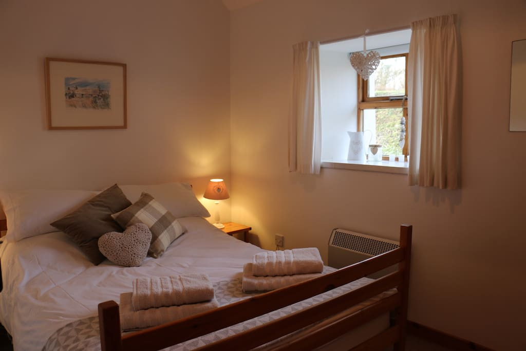 master bedroom, double bed