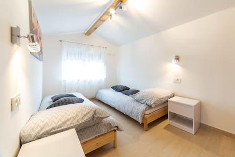 Studio apartment Raspolic - Loft