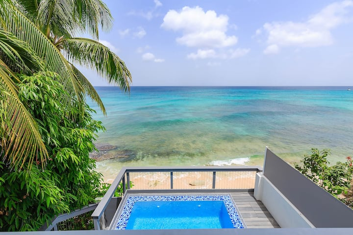 Imagine Villa- Clean & Modern Beachfront 4 bed