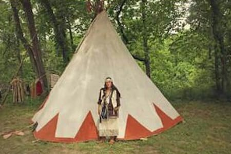 Tipi Weekend In The Wilderness