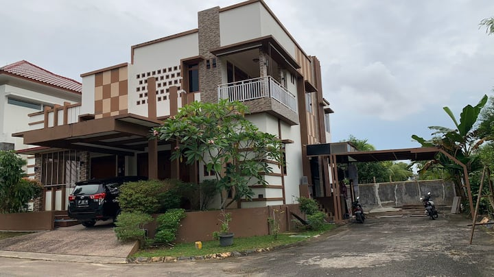A private house near Universitas Batam