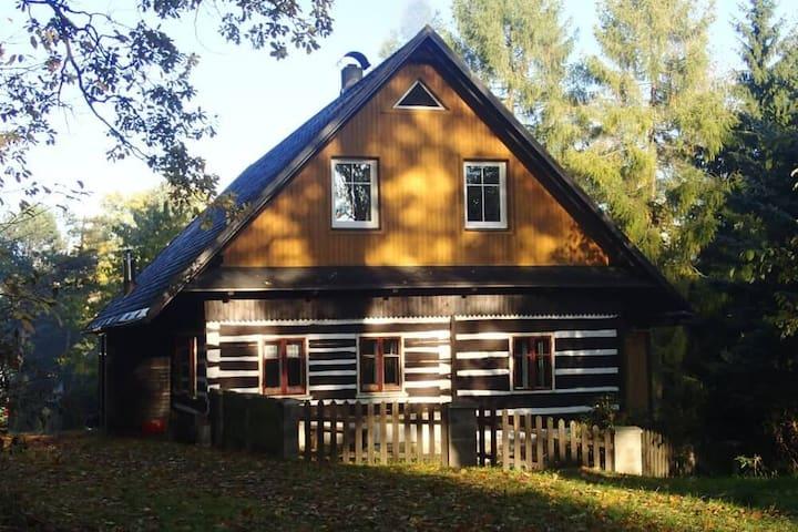 Horská chata Červený potok - aktivně v přírodě - Králíky - Allotjament sostenible a la natura