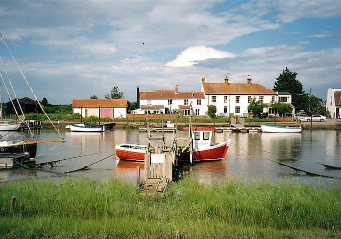 Harbour Cottage