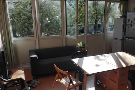 Single Room in 3people House share - Londres - Casa