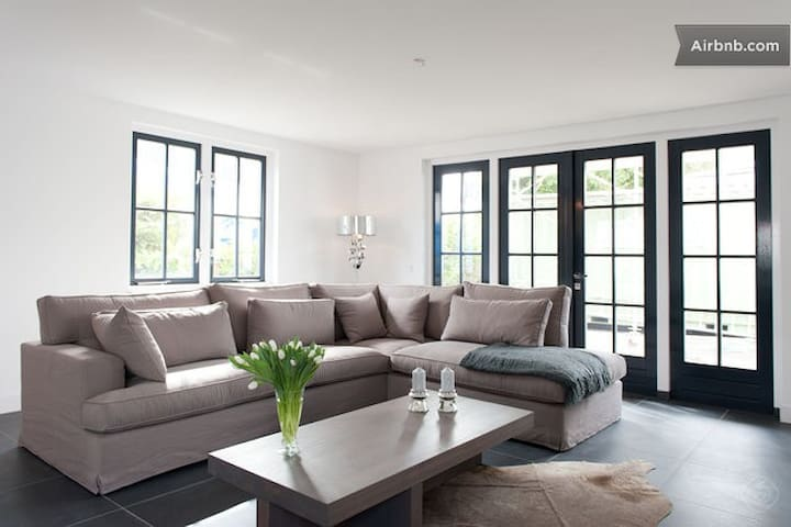 Luxury Holiday Home Loosdrecht/Amsterdam (8p)