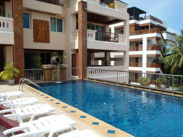2 Bed Room Apartment 5 Minute to Surin Beach