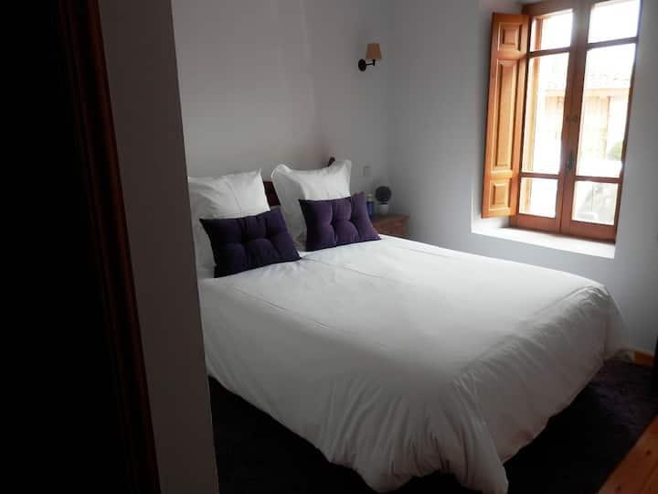 Hotel Rural Gay en Valdesaz (Hab.1)