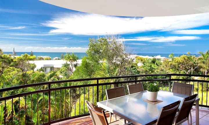 Seabreeze on Sunshine - Apartment with Ocean Views