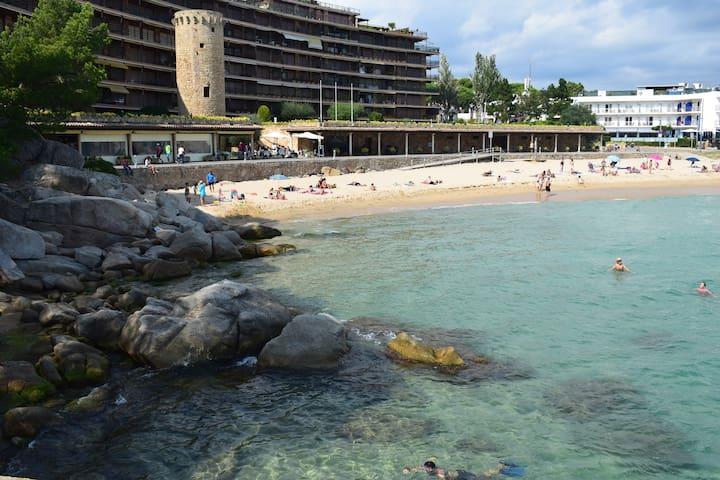 Eden playa luxury studio. Sea front - Calonge - Loft
