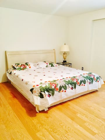 king-size bed and luxury bed linen