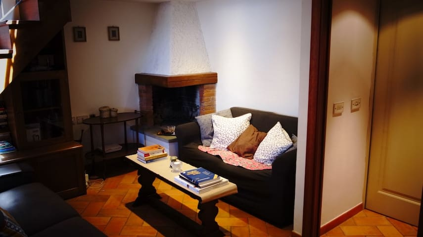 Center sunshine (no door attic) - Florencia - Loft