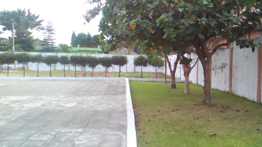 Gizbel Villa - Accra Metropolis