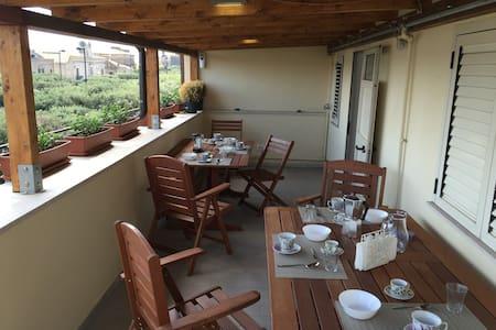 La Terrazza sul Borgo - Faro - Serracapriola - 住宿加早餐