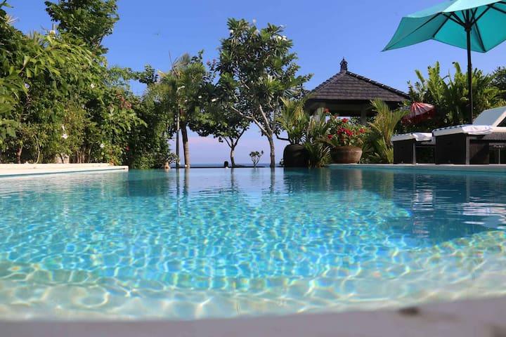 Beachvilla Bali Pantai / Lovina
