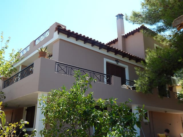 vacation house 200sqm - Aghia Paraskevi - Townhouse