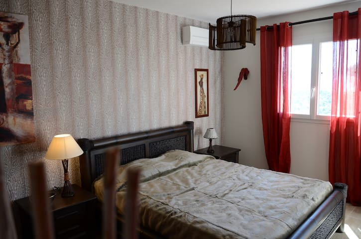 chambre Africa avec piscine - Appietto  - Haus