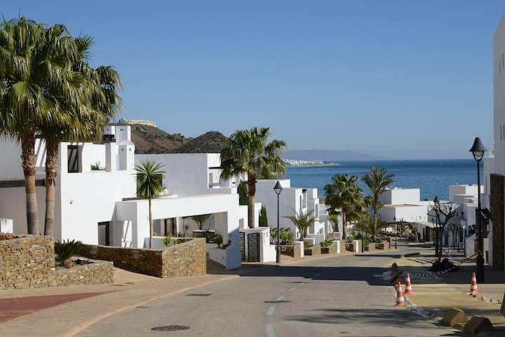 Gorgeous with Stunning Views- Mojacar 6 Sleeper - Mojácar - Apartment