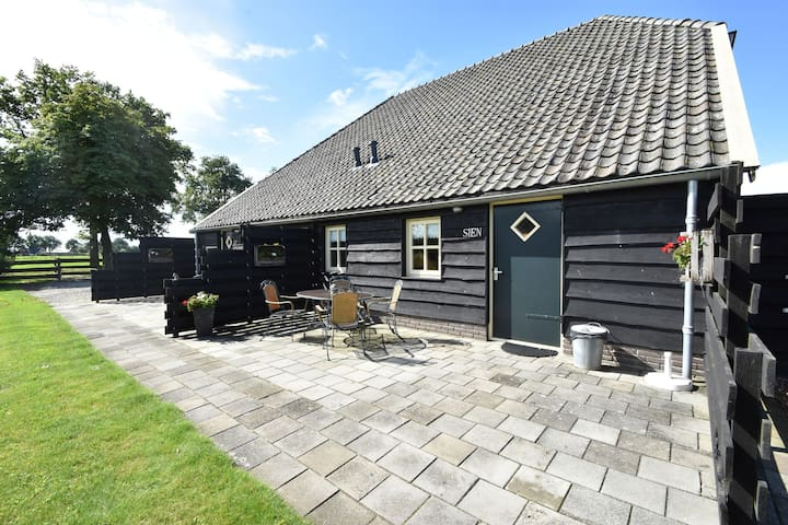 Pleasant and nostalgic holiday home for 2 people in beautiful Drenthe