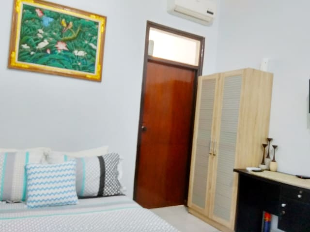 Garden apartment rooms