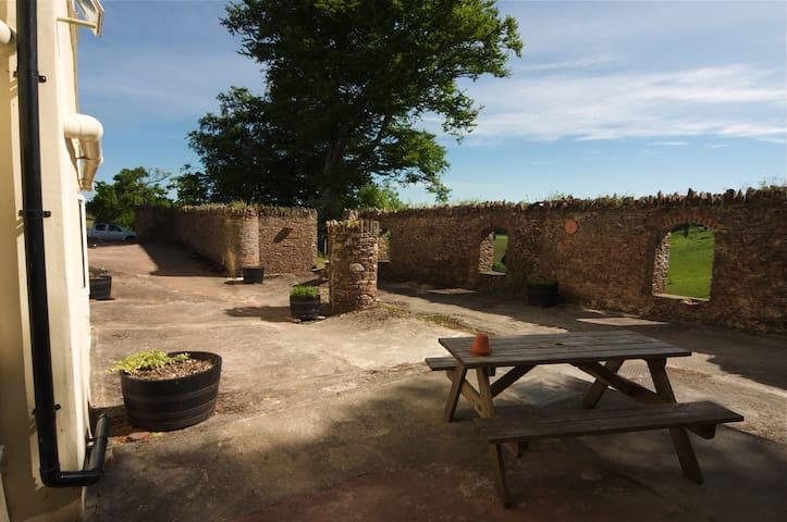 Pheasant Hide, Newbarn Farm - Paignton - Leilighet
