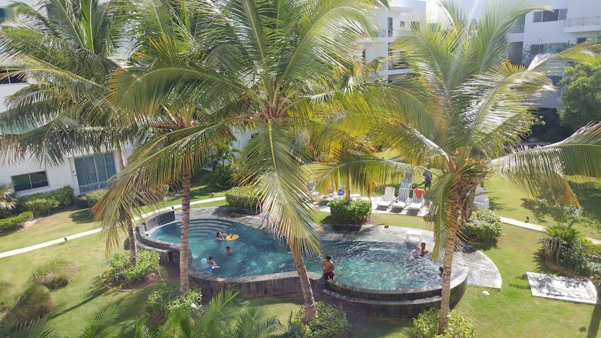 THE SUN OF CAP CANA · amazing pool · 6p