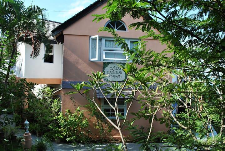 Villa Caribbean Dream, Room 2 - certified