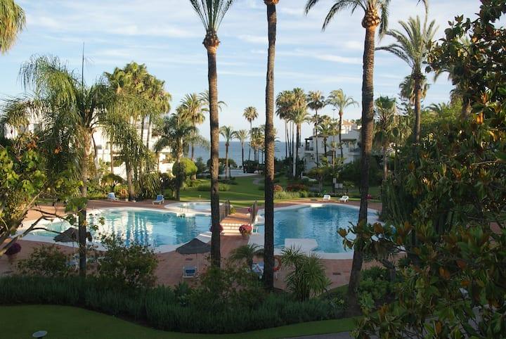 Alcazaba beach garden apartment