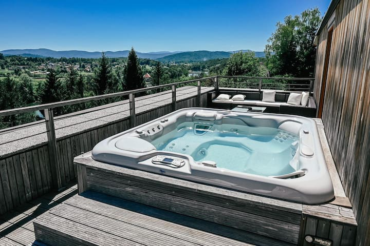KLARNICA with spa bath for a romantic escape