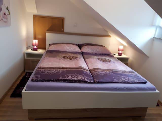 Iris Room & Apartment (Attic Room with Balcony)