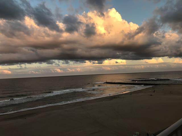 Sheer bliss! 2 bdr Ocean-front condo in VA Beach