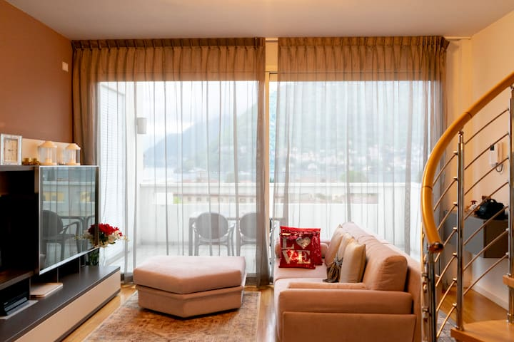 Villa Olmo Penthouse 2 Room