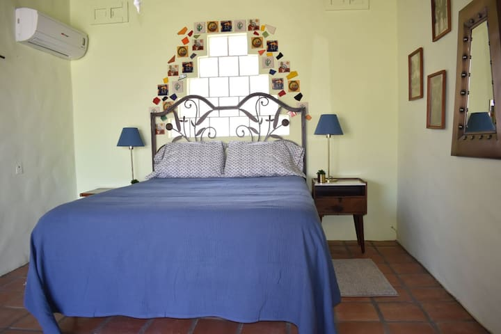 Bed and Breakfast in beautiful hacienda with pool