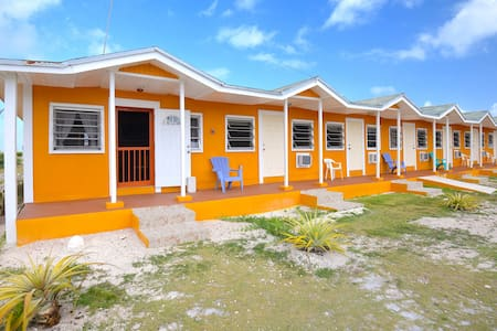 Bonefish Lodge @ Chester's Bay