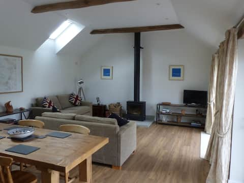The Woodshed, a newly built cottage by Glastonbury